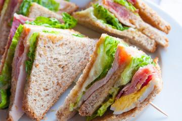 lunchshutterstock
